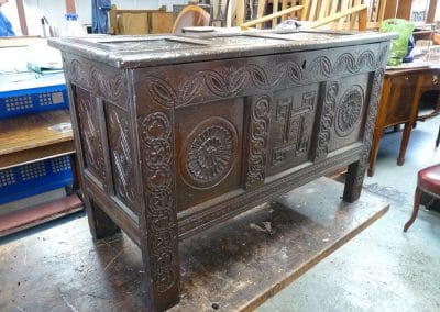 Early-18th-Century-Oak-Coffer-after-restoration4