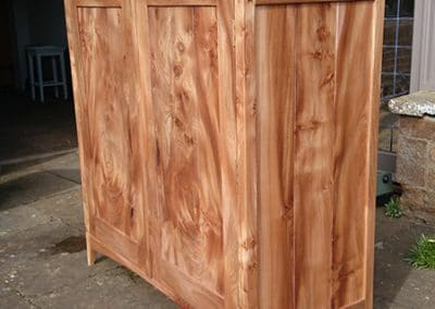 Figured-Scottish-Elm-Bedroom-Furniture2